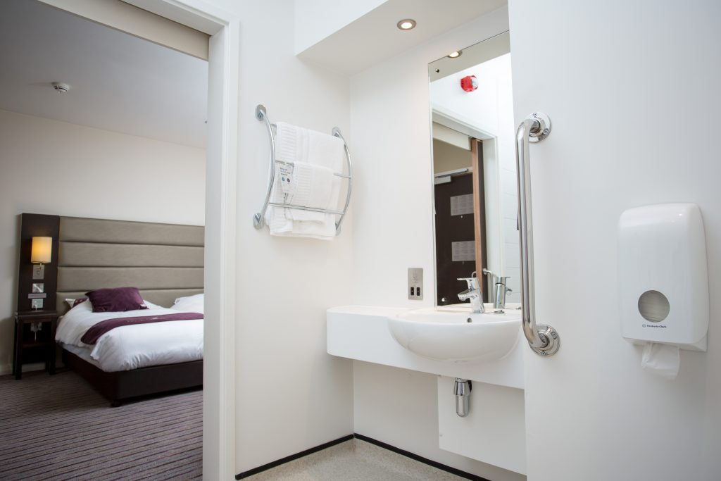 Premier Inn Training Centre - Stay at Hotel 751 Bathroom Bedroom
