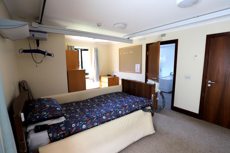 Short breaks bedroom with hoist